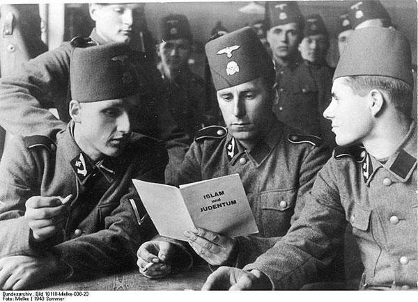 http://007beritaterkini.blogspot.com/2013/05/handschar-barisan-tentara-nazi-yang.html